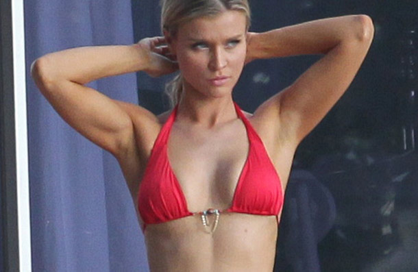 Joanna Krupa Bikini Pictures | Daily Girls @ Female Update