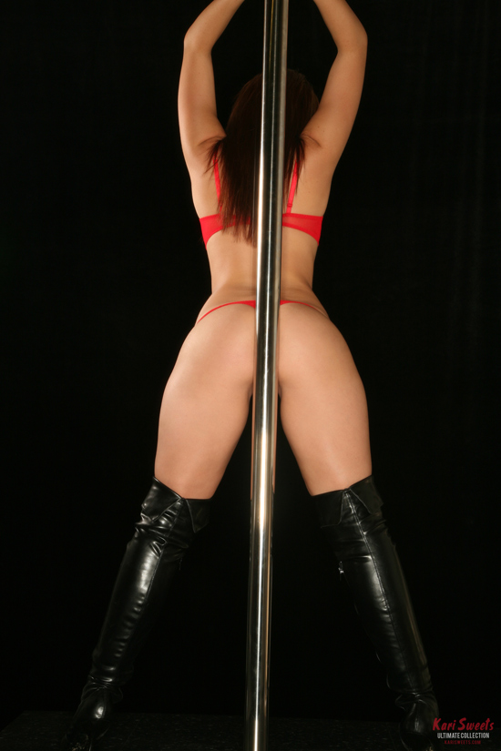 Kari Sweets Pole Exposure – Ultimate Collection   Daily Girls @ Female Update