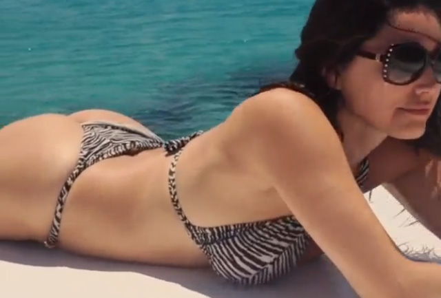 Kelly Brook is the best Instagram videographer   Daily Girls @ Female Update