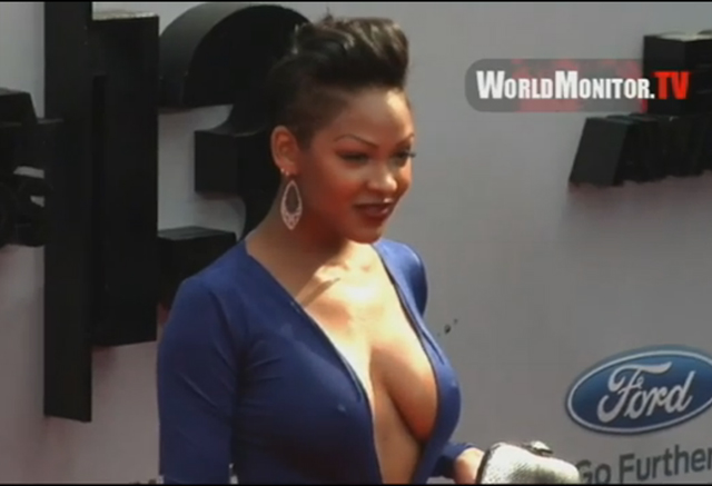 Meagan Good's dress at Awards was cleav-tastic | Daily Girls @ Female Update
