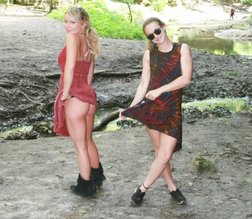 Meet Madden and her friend go hiking | Daily Girls @ Female Update