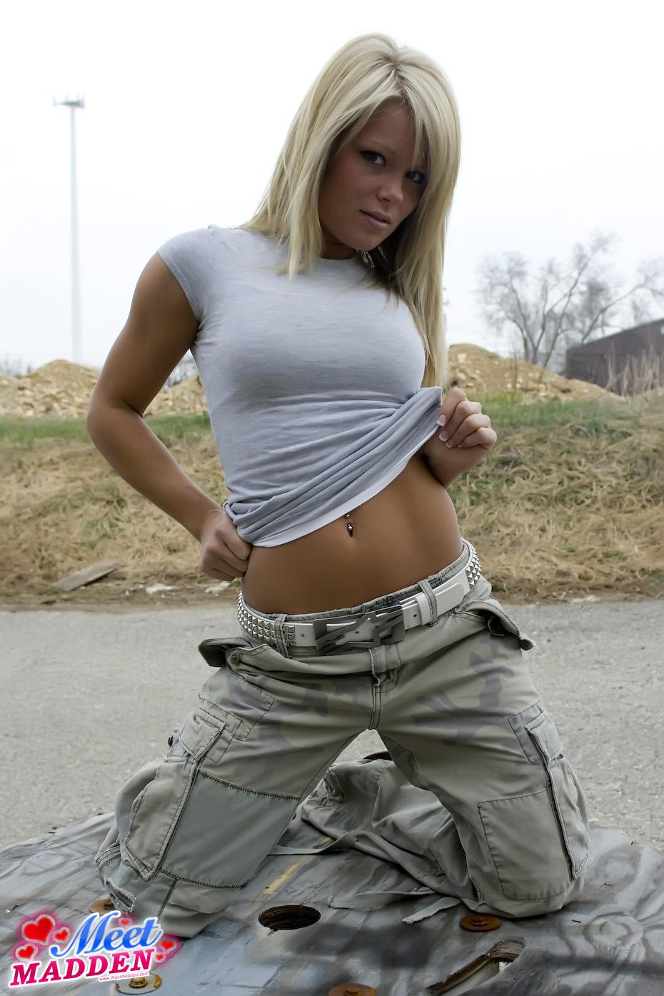 Meet Madden looks ready for action in combat pants | Daily Girls @ Female Update