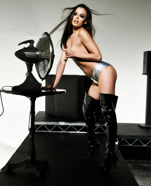 Michael Ninn Redesign With Top Adult Models   Daily Girls @ Female Update