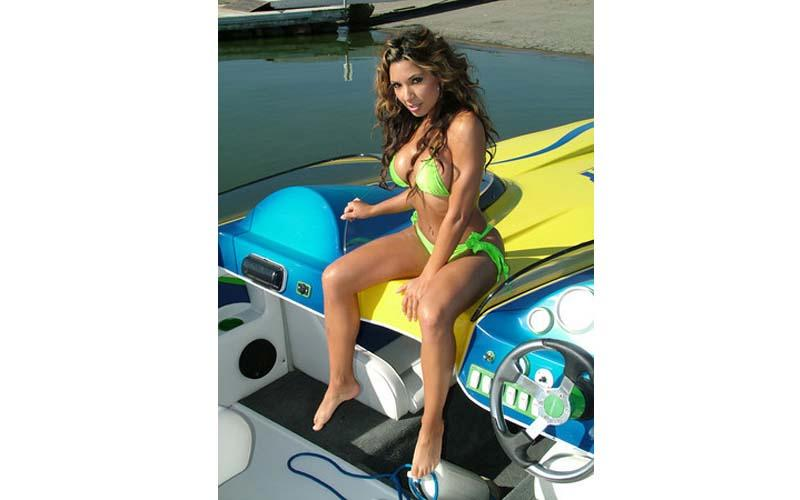 Motorboatin' Bikini Models | Daily Girls @ Female Update