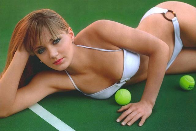 New & Improved Tennis, Anyone? | Daily Girls @ Female Update
