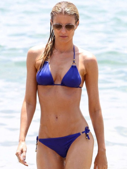 Paige Butcher Went To The Beach | BabesBible.com