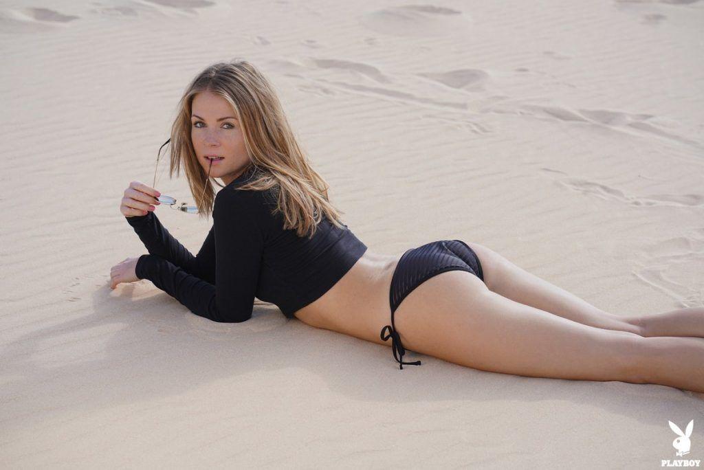 Playboy Playmate Kamila Joanna unties her bikini | Daily Girls @ Female Update