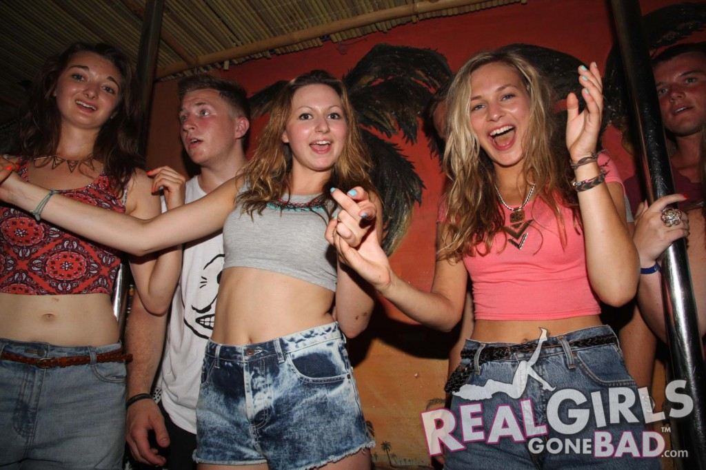Real Girls Gone Bad – Bar Crawl