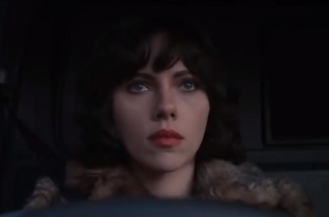 Scarlett Johansson Is An Alien In The Trailer | Daily Girls @ Female Update