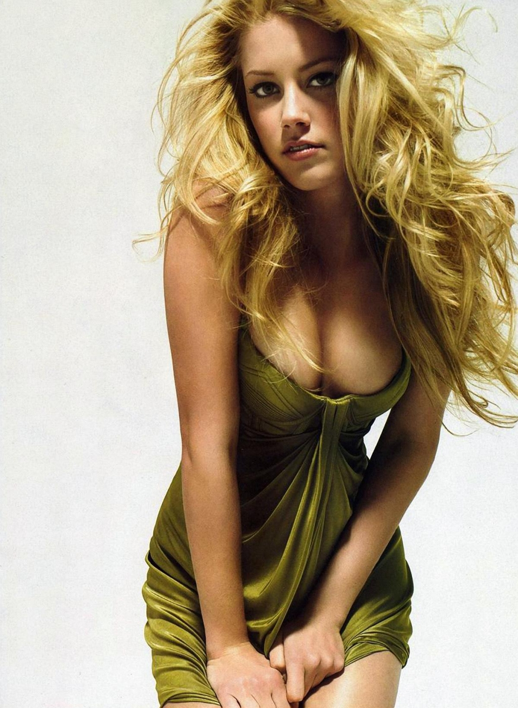 Sexy Amber Heard Photos | Daily Girls @ Female Update