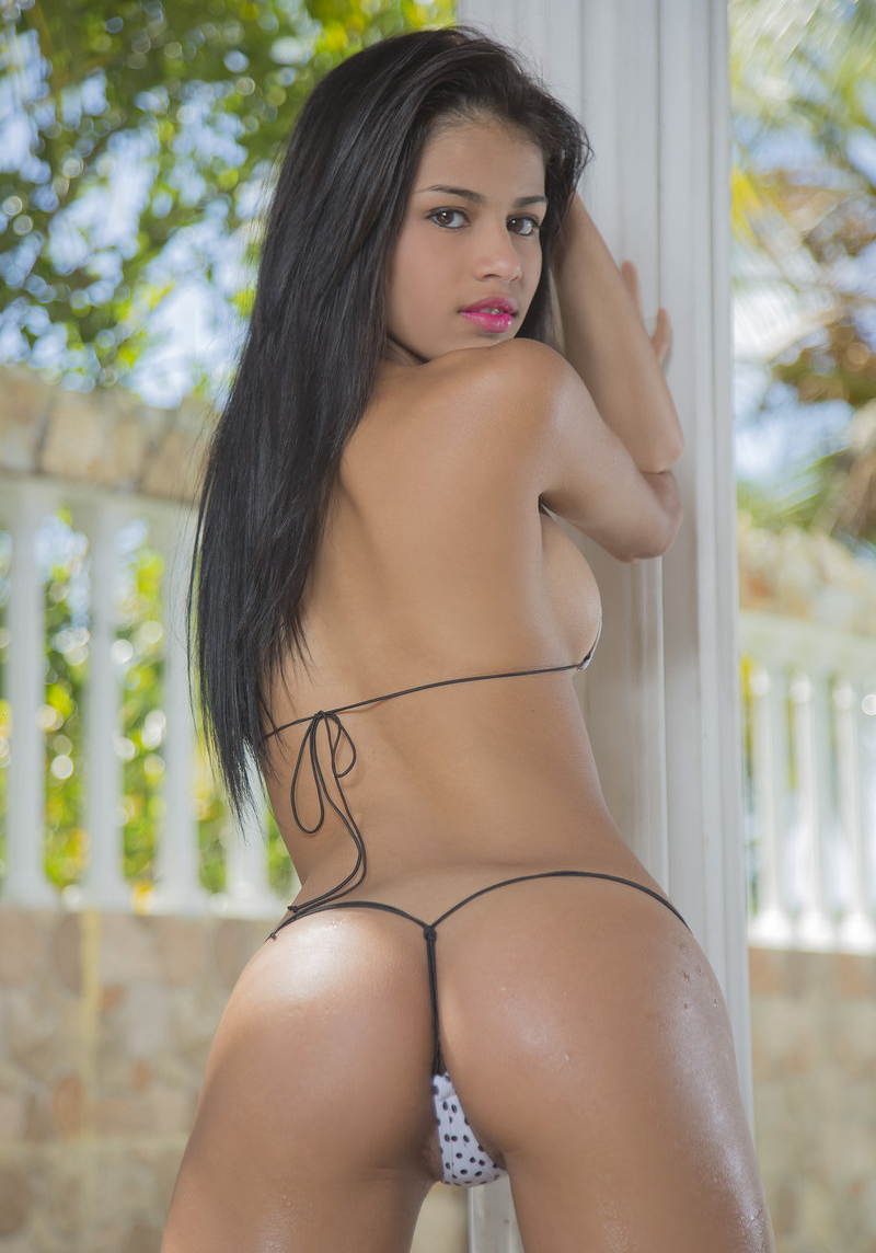 Sexy Denisse Gomez nude | Daily Girls @ Female Update