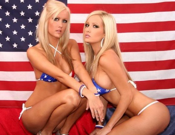 Sexy Independence Day Girls | Daily Girls @ Female Update