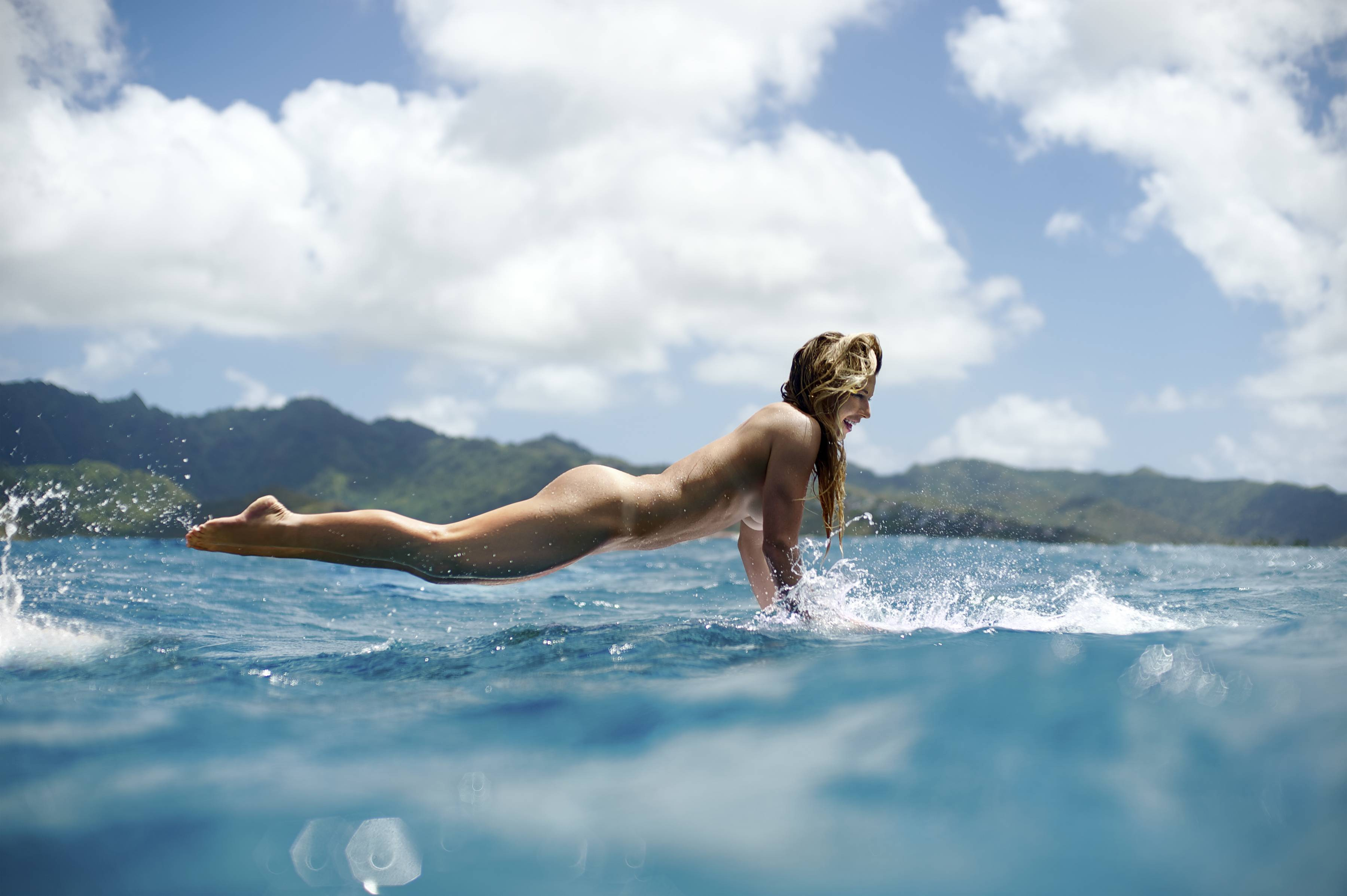 Surfer Girl Naked