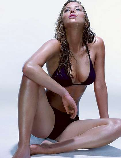 The Hottest Near-Nude Jennifer Lawrence Pictures | Daily Girls @ Female Update