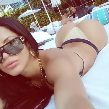 Tuesday Tease With Instagram's Finest | Daily Girls @ Female Update