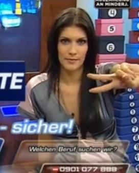 TV Presenter Oops Upskirt