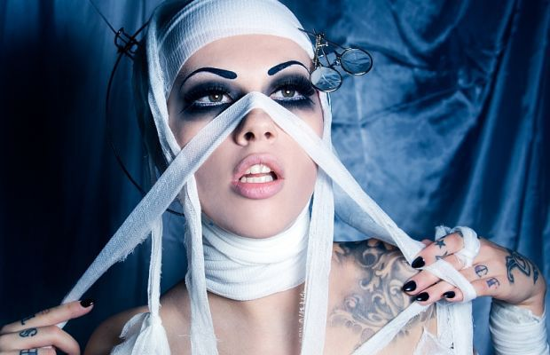 Vera Bambi Gets Madical for Halloween | Daily Girls @ Female Update
