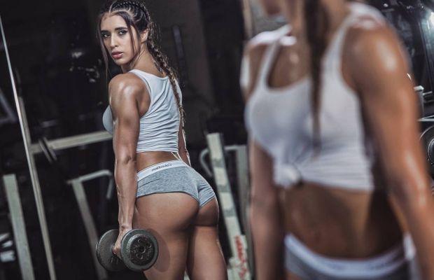 We Love Girls Doing Squats! – CamWithHer Girls   Daily Girls @ Female Update