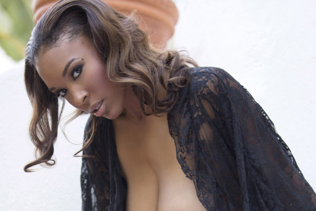 What It's Like to Have Sex With Patrice Hollis | Daily Girls @ Female Update