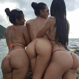 Worship These Humpday Hotties – CamWithHer Girls