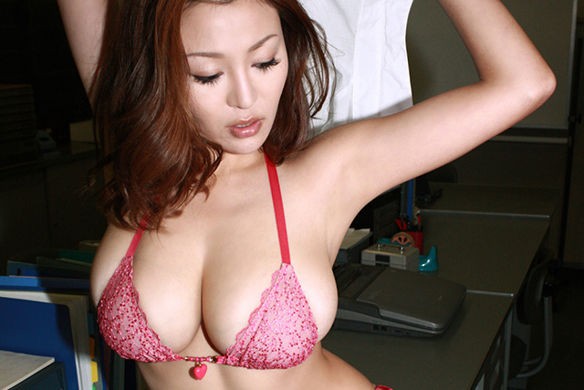 Yoko Matsugane Improves Office Morale | Daily Girls @ Female Update