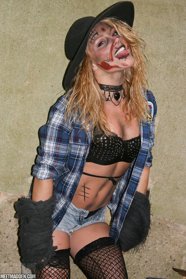 Zombie Madden | Daily Girls @ Female Update