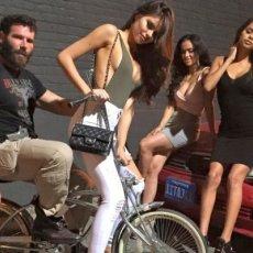 10 Hottest Girls Dan Bilzerian Hangs With | Daily Girls @ Female Update